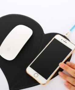Tapis de souris chargeur induction en cuir forme de coeur