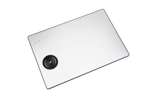 Tapis de souris aluminium avec chargeur sans fil à induction Qi - Couleur argent