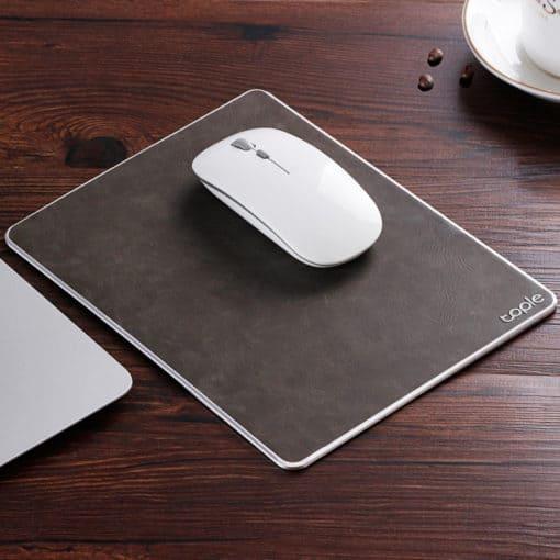 Tapis de souris double matière aluminium et cuir couleur cuir marron
